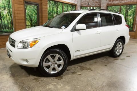 Pre-Owned 2008 Toyota RAV4 Limited w/3rd Row and JBL Audio!