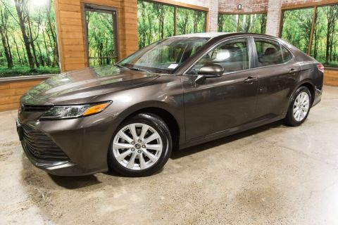 Pre-Owned 2018 Toyota Camry LE 1-Owner, 39 MPG, Bluetooth, Clean Carfax