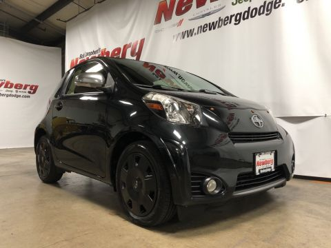 Pre-Owned 2013 Scion iQ Base Clean Carfax, Automatic Transmission
