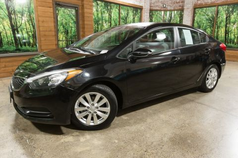 Pre-Owned 2015 Kia Forte LX Popular Package, Automatic, Alloy Wheels
