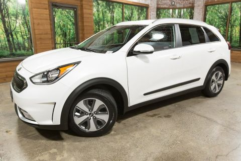 Certified Pre-Owned 2019 Kia Niro EX 1-Owner, LOW Mileage, Certified, Heated Seats
