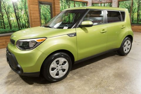 Pre-Owned 2014 Kia Soul Base 1-Owner, Clean Carfax, Local Beaverton Trade