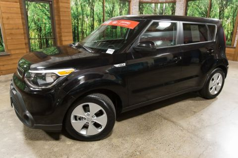 Pre-Owned 2016 Kia Soul Base Local, 1-Owner car! Clean Carfax!