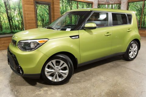 Pre-Owned 2016 Kia Soul Plus 1-Owner with Navigation, Infinity Audio Package