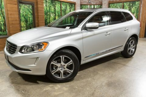 Pre-Owned 2015 Volvo XC60 T6 Premier Plus AWD, Climate Pkg, Panoramic Sunroof