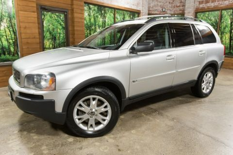 Pre-Owned 2006 Volvo XC90 V8 AWD (Leather, Sunroof, 3rd Row Seat)